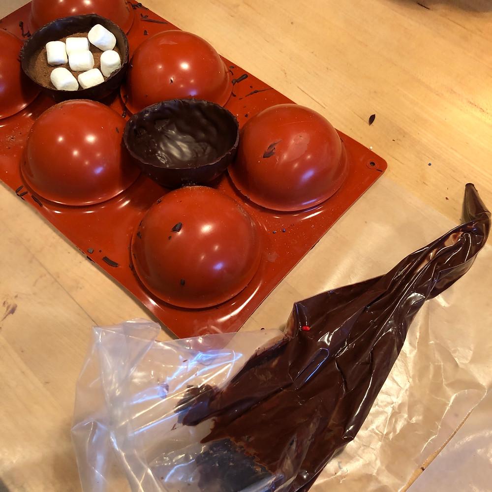 hot chocolate bomb preparation