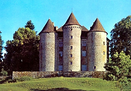 chateau pierrefitte sarroux.PNG