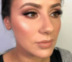 Dreamy brows achieved with _zoevacosmeti