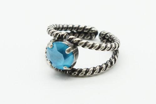 Swarovski blue 8.5mm solitaire split braided shank ring