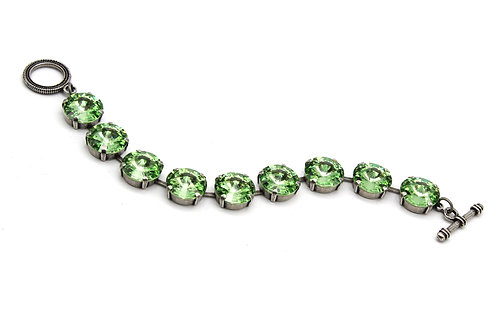 Swarovski crystal peridot bracelet 14mm limited edition august birthstone