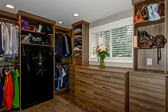 Built-in Custom Closet Maple Valley