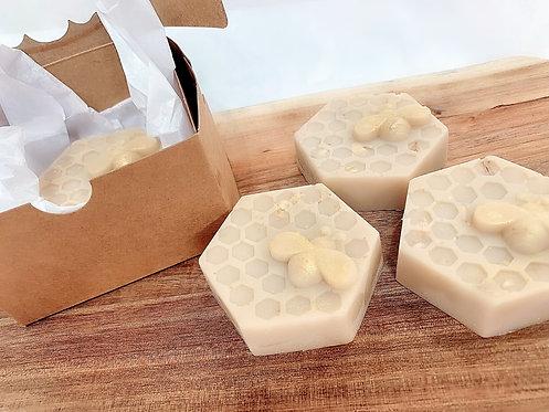 Oatmeal, Milk and Honey Goats Milk   Hand Made Soap   4 0z bar