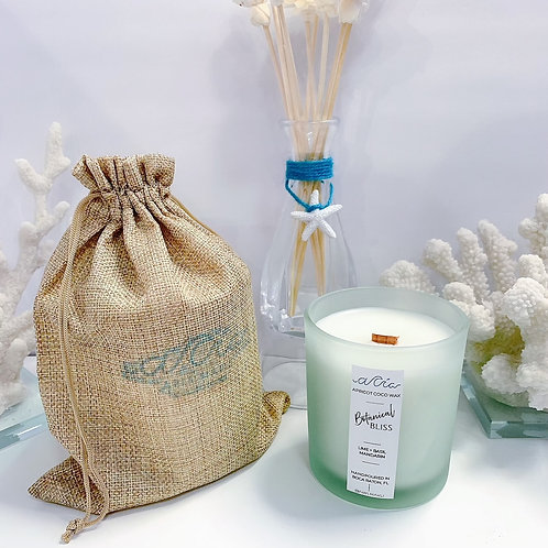 'Botanical Bliss' Sea Mineral Frost Ocean Resin Lid Candle