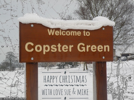 Christmas Greeting - Sue Atkinson (2).jp