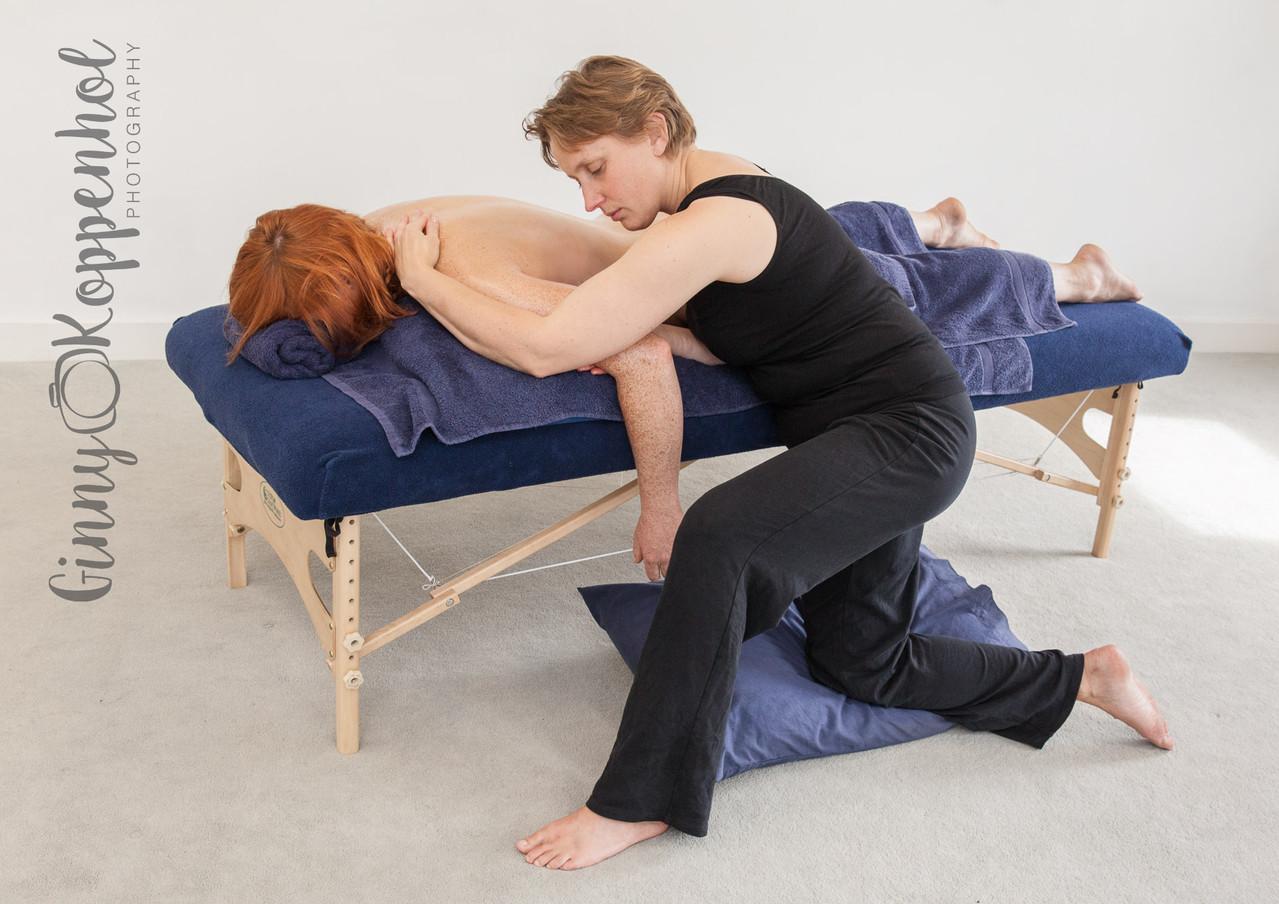 Tigger MacGregor - No Hands Massage