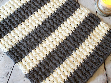 Plush Ribbed Bath Mat