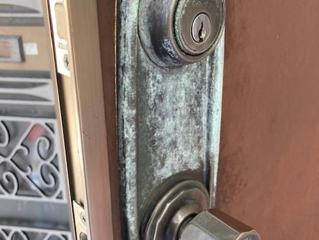 【帯広 鍵交換】玄関ドアの鍵穴(DEXTER)を交換しました。