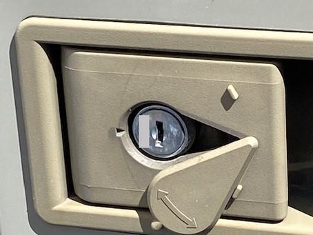 【帯広 物置鍵】物置ドア(ダイケン)の鍵を作成しました。