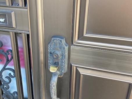 【帯広 玄関鍵】玄関ドアの錠前(ゴール)を交換しました。