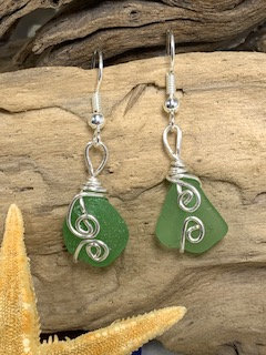 Light Green Seaglass Earrings E211