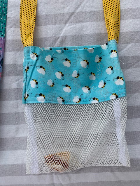 Small (Kid Size) Beach Combing Bags: Honey Bees