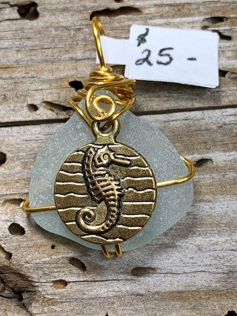 WP Pale Cola w/ Seahorse Coin pendant  4376