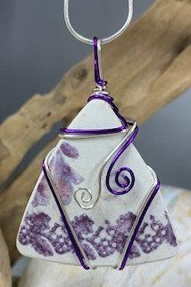 White & Purple Sea Pottery# 4199