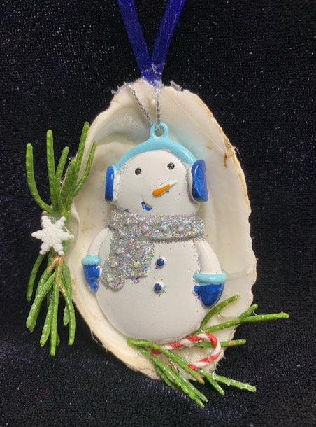 WP Seashell Ornament: Snowman in Blue Muffs w/ candy cane