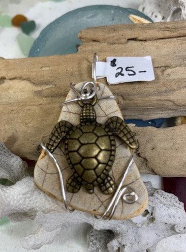 Sea Pottery w/ Seaturtle Pendant #4358