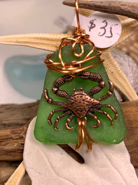 WP Green Seaglass Copper Crab Pendant 3204