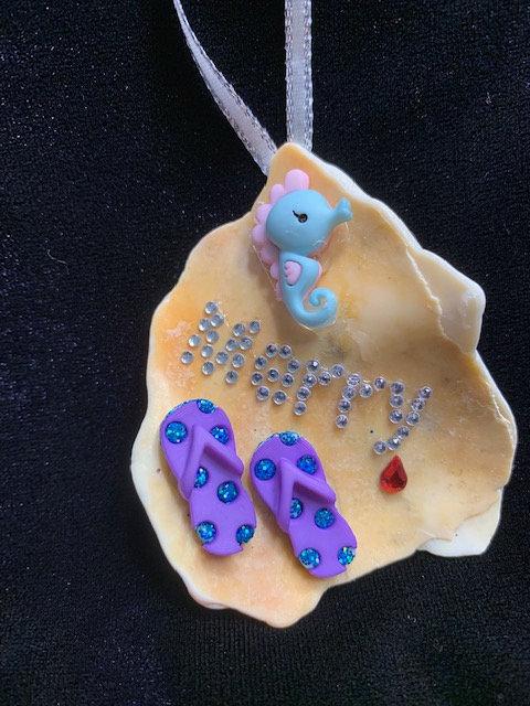WP Seashell Ornaments: Seahorse & Flip Flops
