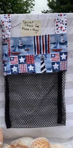 WP Lg Beach Combing Bags: Lighthouses