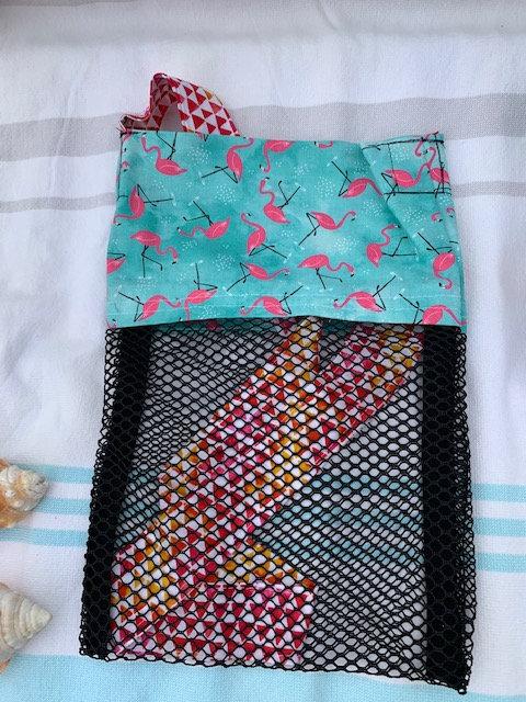 Small (Kid Size) Beach Combing Bags: Mini Flamingos