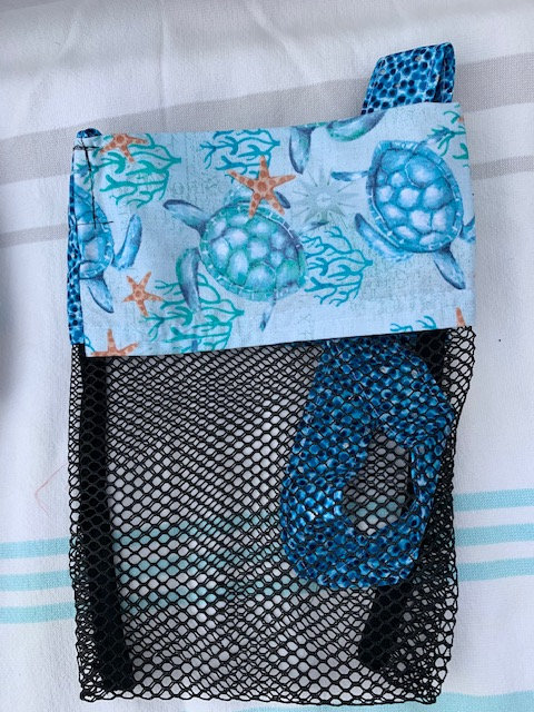 Small (Kid Size) Beach Combing Bags: Blue Seaturtles