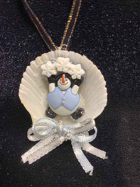 Seashell Ornament:  Snowman w/ 3 Snowflakes