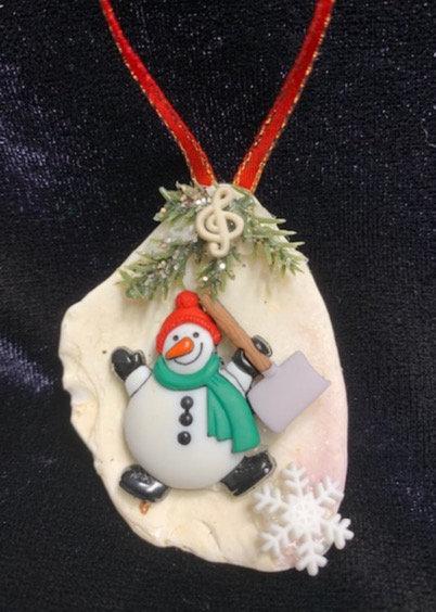 Seashell Ornament:  Snowman w/ Shovel