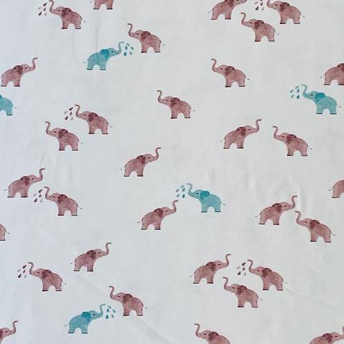 Kleine Elefanten, weiß