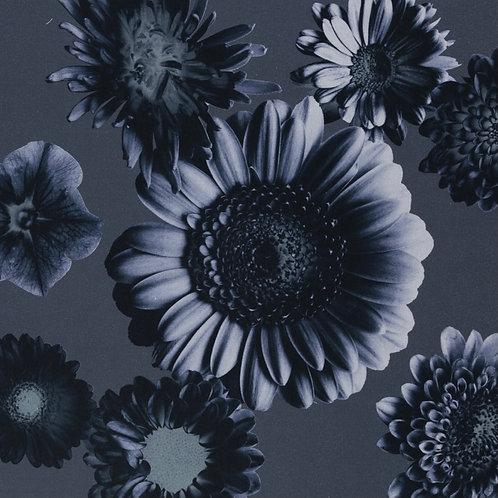 Tinted Flower by Cherry Picking, Satin dunkelblau