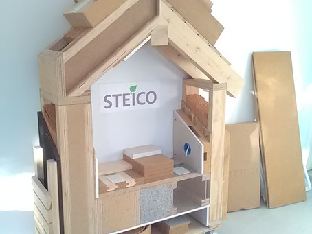 Steico mini-house:  Get insulation  inspired