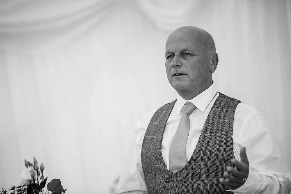 candid, documentary style, pembrokeshire photographer, neil williams photography, outdoor wedding, hilton court, best photographer, wedding reception, party, speech