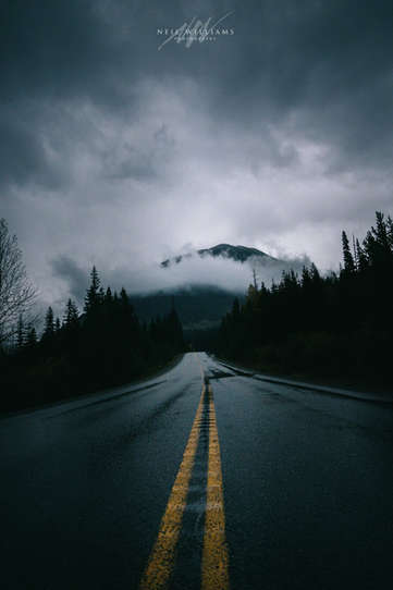 A Dramatic Icefields Parkway