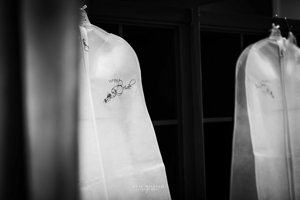 pembrokeshire, wedding, photography, neil, williams, south wales photographer, cardiff, swansea, carmarthen, bristol, cotswolds, llys meddyg, rustic, alternative, boho, white bride narbeth,