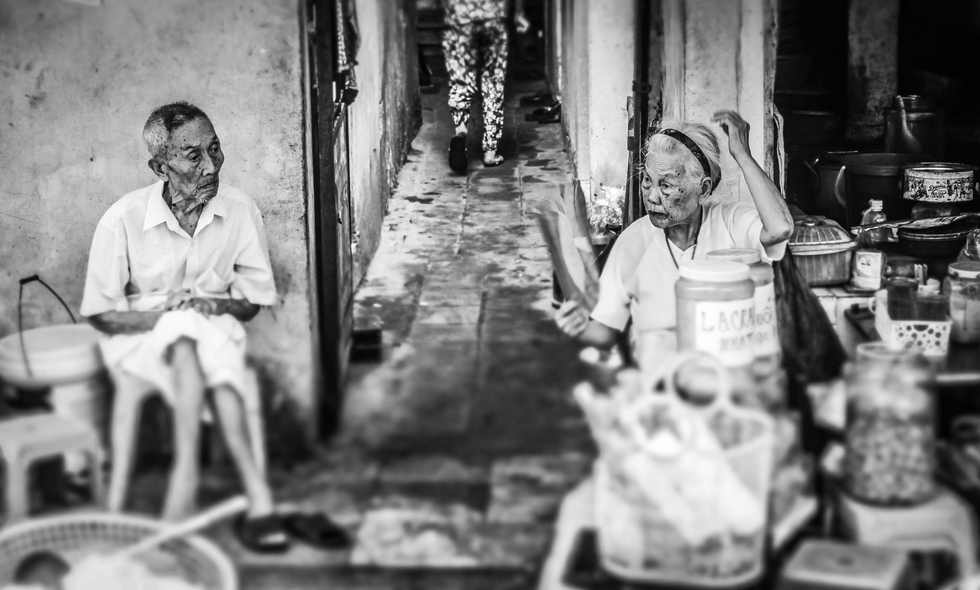 Vietnamese Elderly Couple