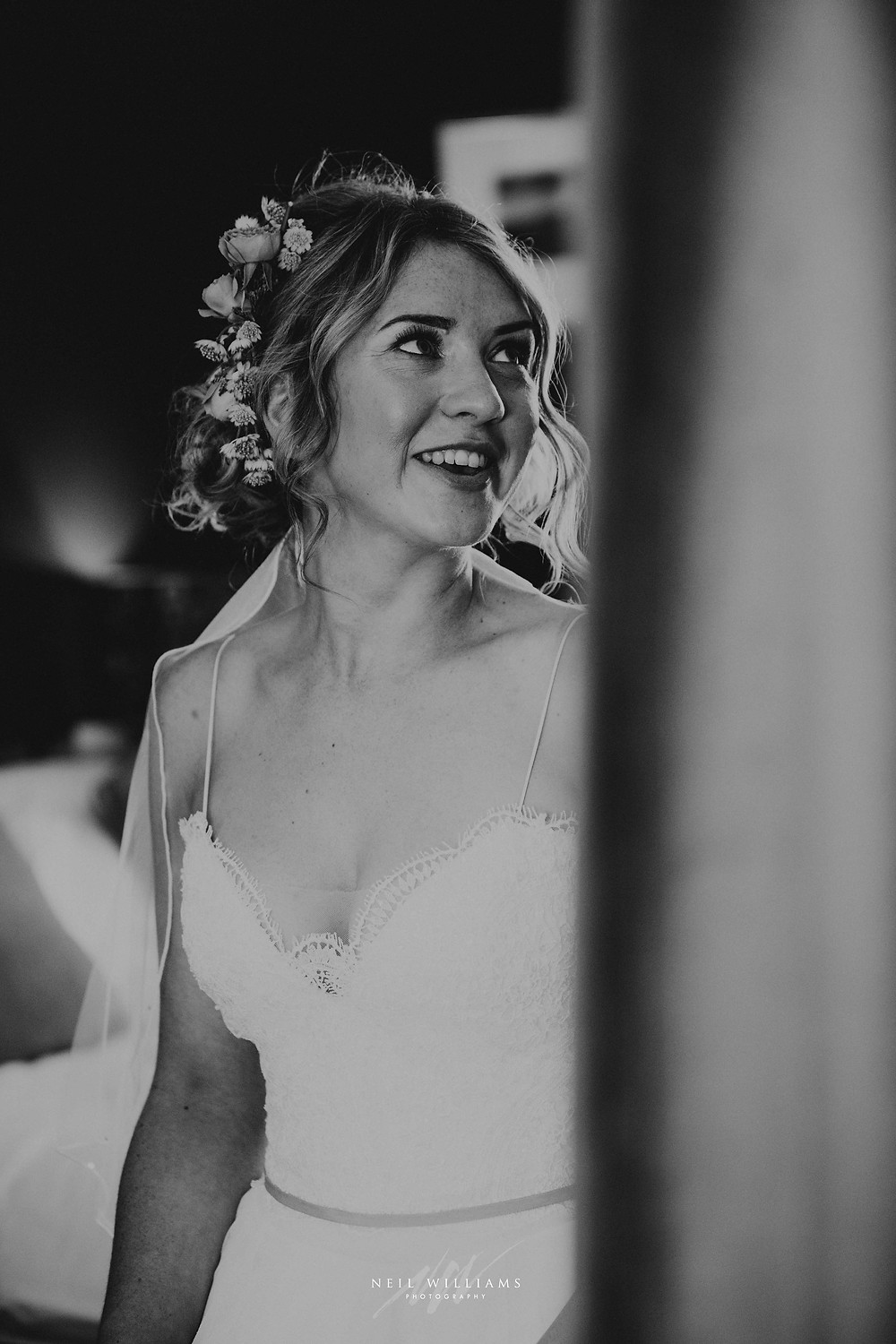 pembrokeshire, wedding, photography, neil, williams, south wales photographer, cardiff, swansea, carmarthen, bristol, cotswolds, llys meddyg, rustic, alternative, boho, bridal portrait