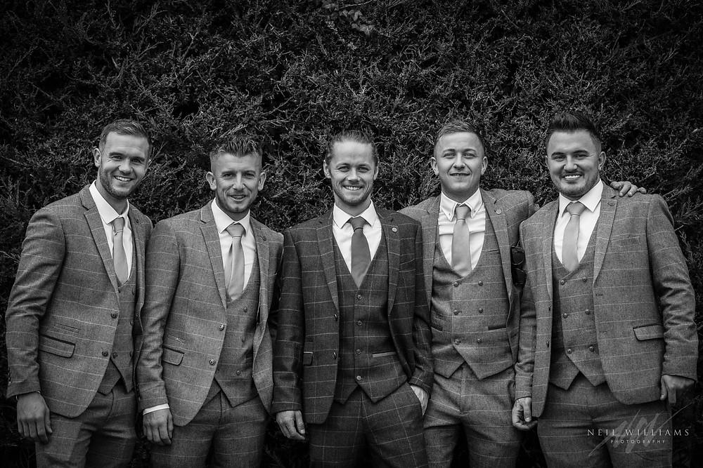 outdoor wedding, hilton court, white bride, jackie james, ushers, happy couple, summer wedding, best welsh wedding photographer, welsh wedding, groomsmen,