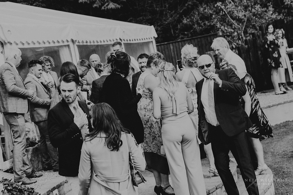 pembrokeshire, neil williams photography, outdoor wedding, hilton court, happy couple, summer wedding, best welsh wedding photographer, wedding, guests,
