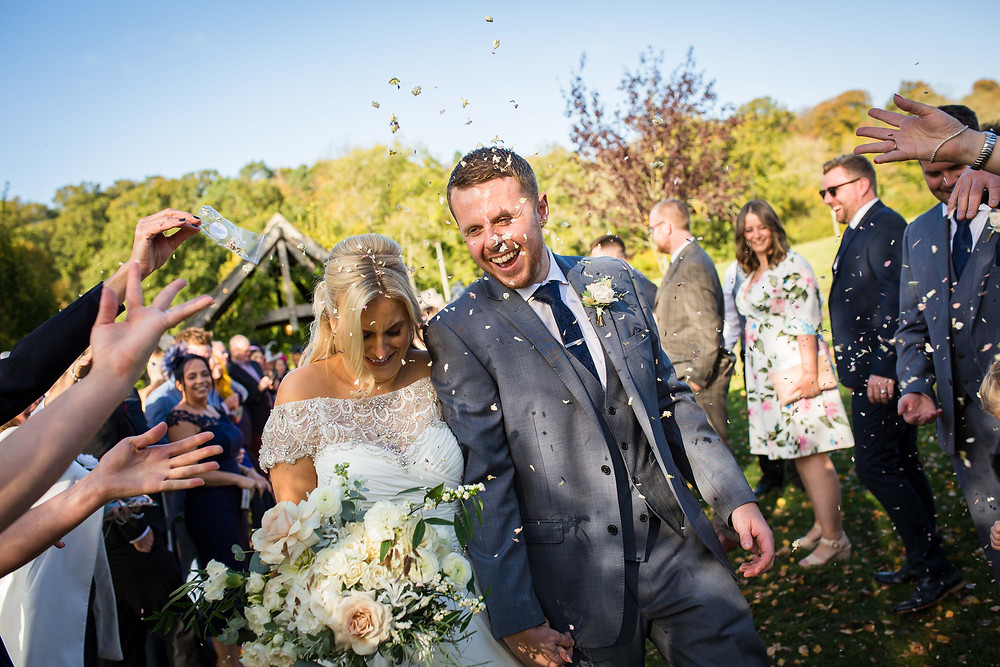 hyde, house, wedding, cotswolds, barn, neil williams photography, bristol, cardiff, gower, swansea, pembrokeshire, carmarthenshire, photographer, welsh, wedding, photography, best, all about eve, confetti shot