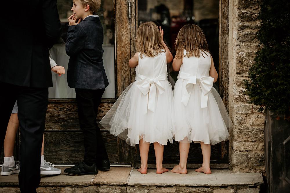 flowergirls, documentary style, photography