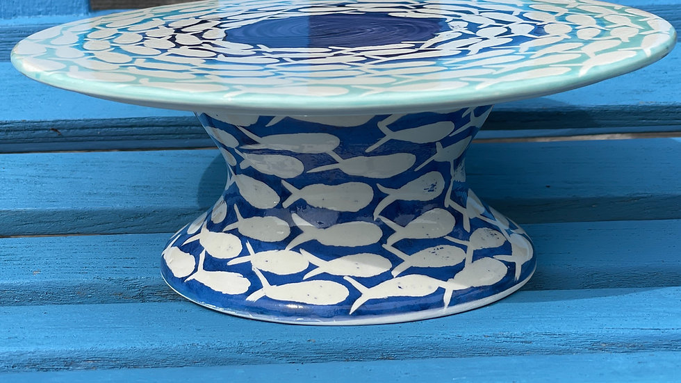 Small shoal cake stand