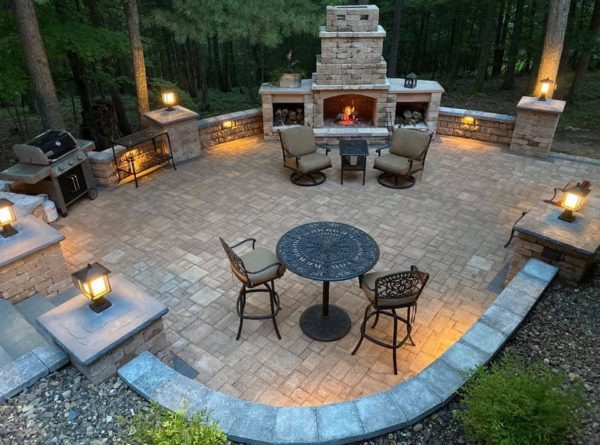 Beaune Brothers Landscaping - Hardscape Hero Award