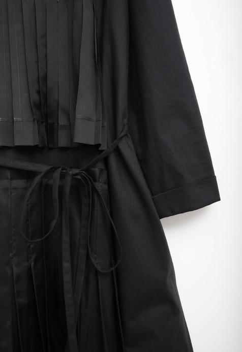 AGNES Black / Black