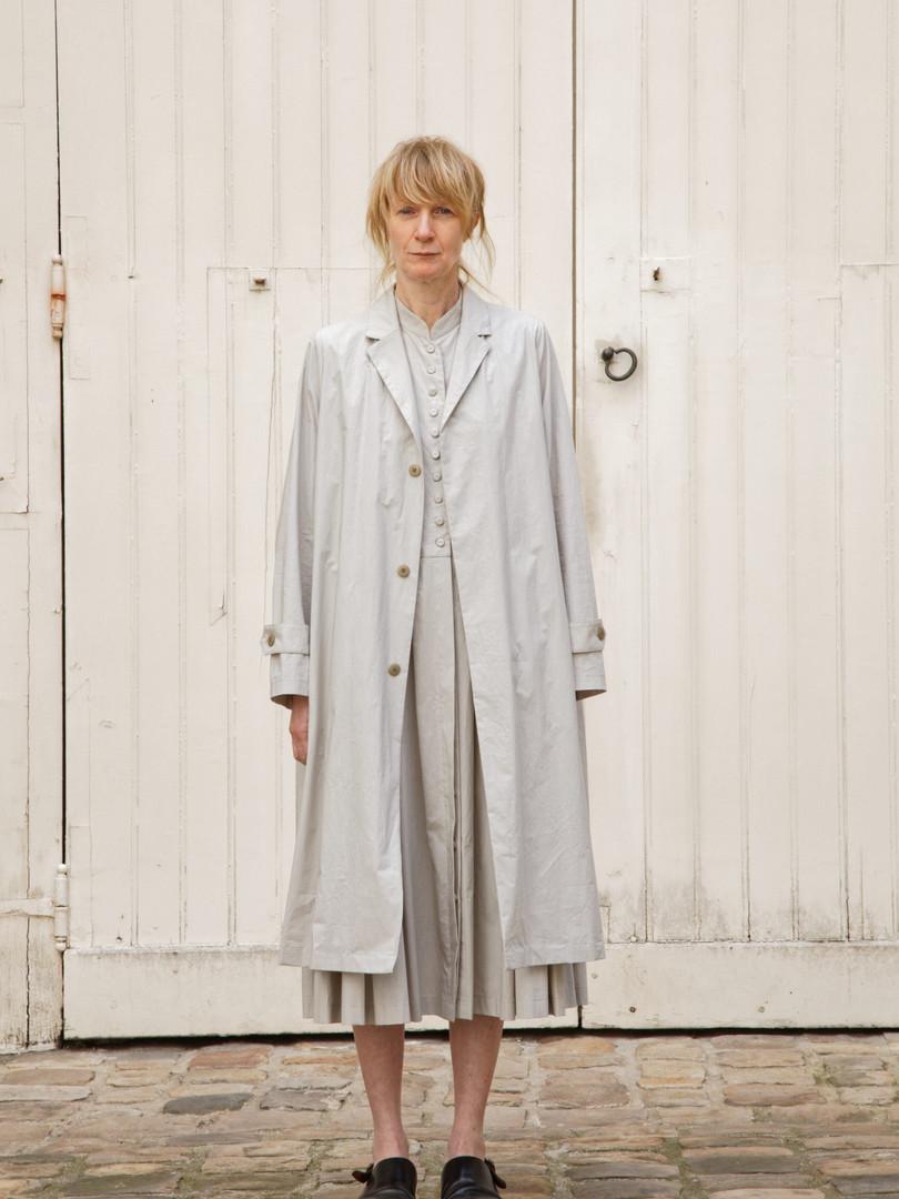 Coat : MARTIN Greige Coat : CLARA Greige