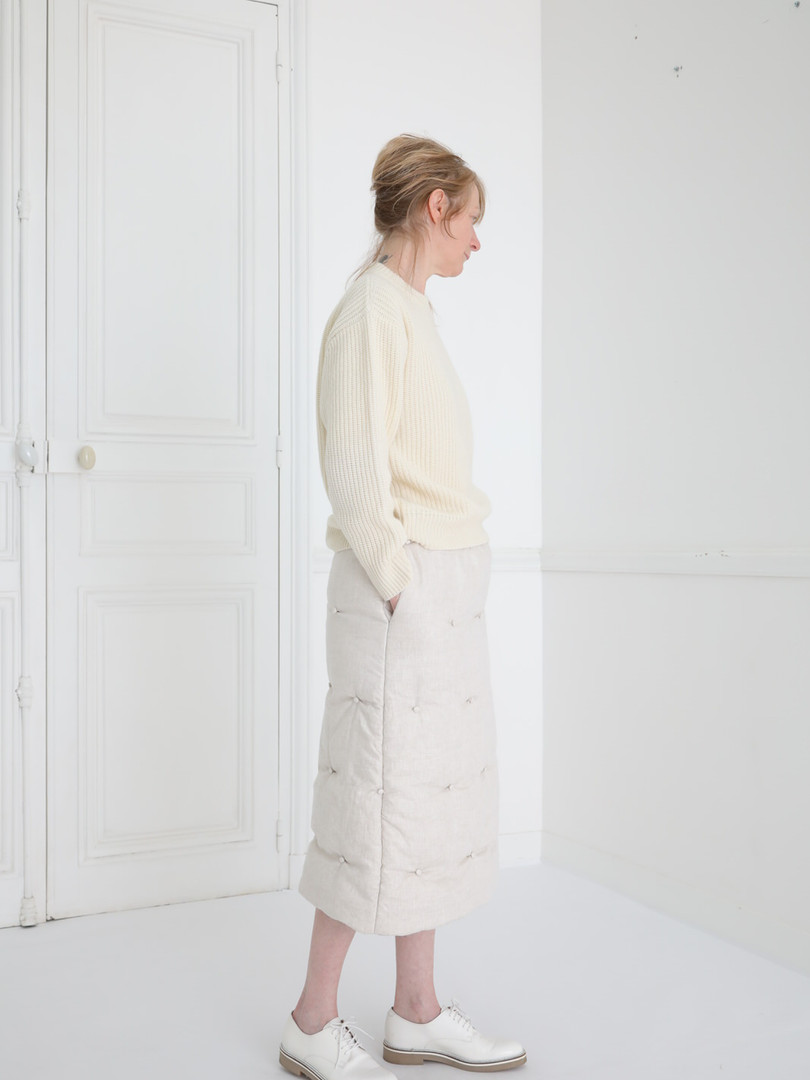 Top : KATE Ivory Skirt : SUSETTE Ivory