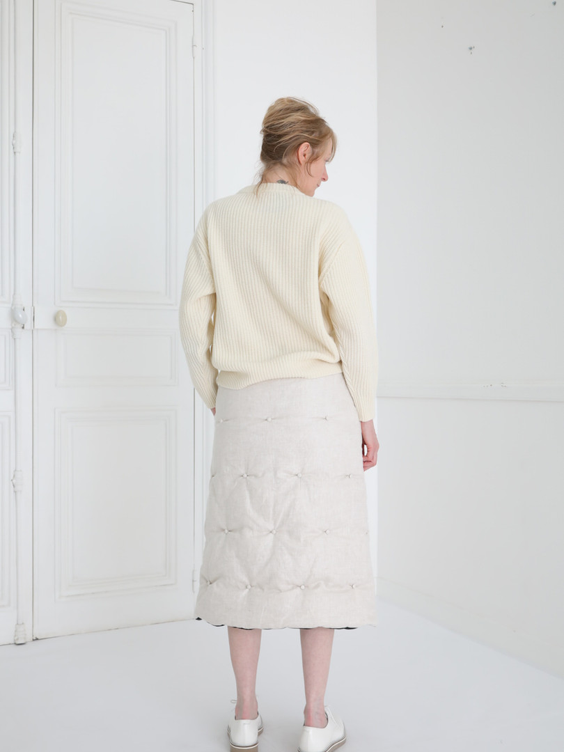 Top : KATE Ivory Skirt : SUSETTE Ivory