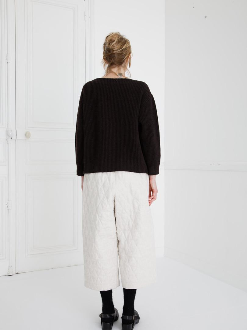 Top : KIKI Charcoal brown Pants : PIERRE Ivory