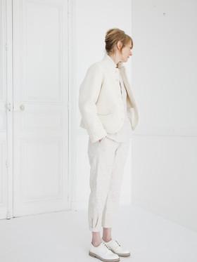 Jacket : JANE Ivory Shirt : SCOTT Ivory Pants : PHILIP Ivory