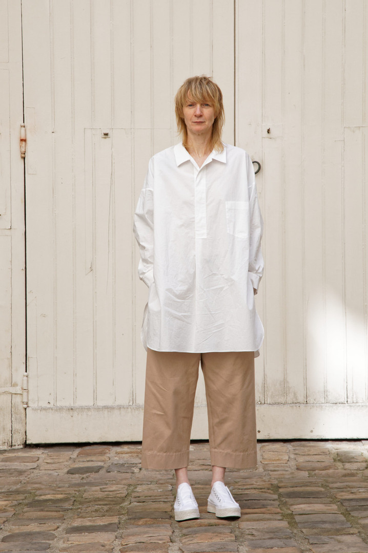 JShirt : STANLEY  White Pants : PAUL Pink beige