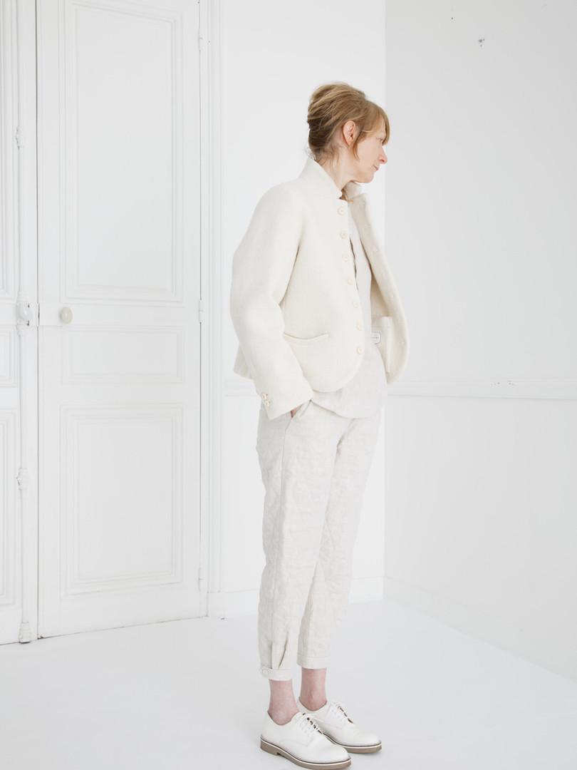Jacket : JANE Ivory Shirt : SCOTT Linen Ivory Pants : PHILIP Ivory
