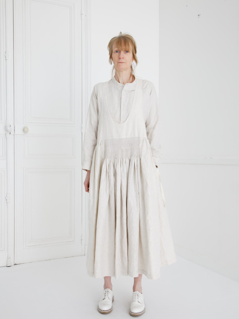 Dress : LUCIE Ivory Shirt : SCOTT Linen Ivory
